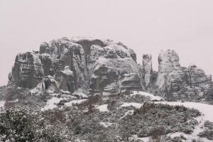 meteora snow